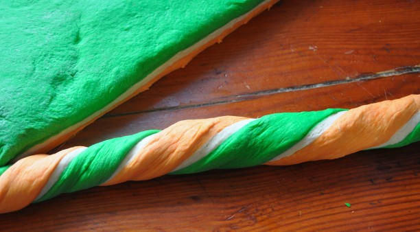St.Patrick's Day multicoloured bagels tutorial www.lillyhiggins.ie