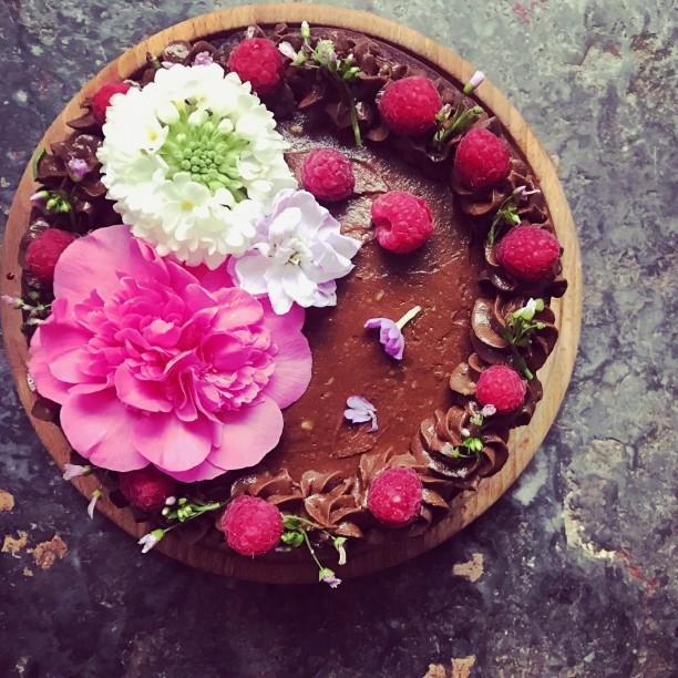 Edible Cake Flowers
